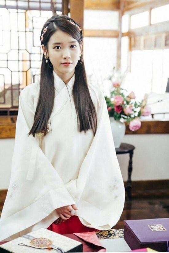 YoonA - Suzy - IU: Ai là nữ thần tượng thành công nhất với nghiệp diễn? - Ảnh 6.