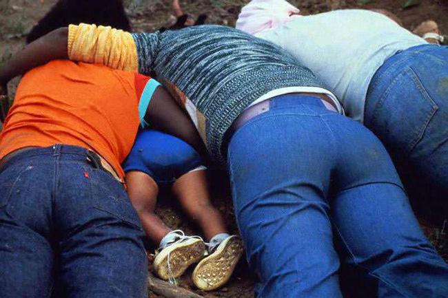 Vụ thảm sát kinh hoàng tại Jonestown: Gần 1.000 người uống thuốc độc, tự sát tập thể - Ảnh 6.