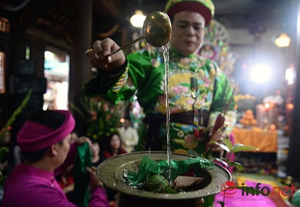 Huyền bí lễ mở phủ trong tín ngưỡng Thờ Mẫu của người Việt - Ảnh 7.