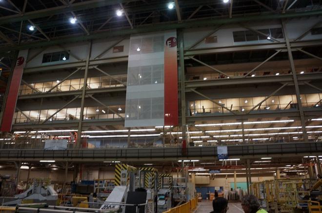 Cận cảnh nhà máy của Boeing - nơi lắp ráp nên chiếc 747 huyền thoại - Ảnh 7.