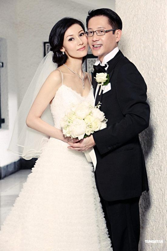 Hoa hậu Hong Kong đẹp nhất lịch sử và hai lần mang tiếng giật chồng - Ảnh 7.