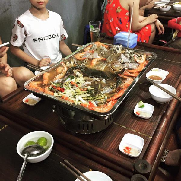Nồi lẩu 2 triệu ngập mặt ở Hà Nội đang khiến dân mạng sốt vó muốn đi ăn, thực ra là... - Ảnh 7.
