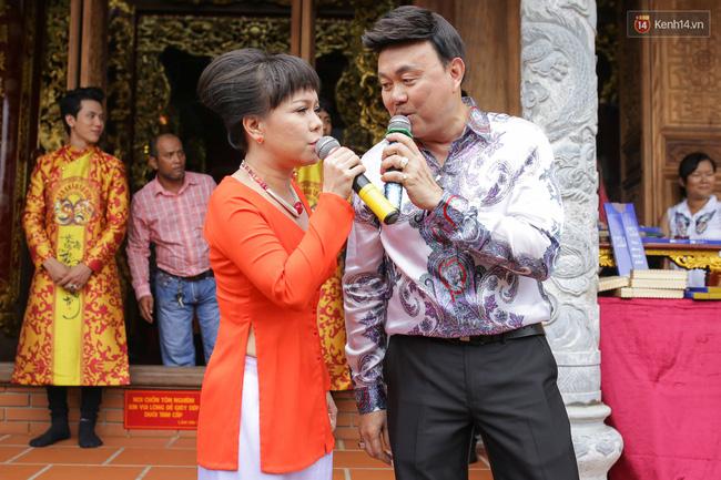 Cập nhật: Các nghệ sĩ đến thăm đền thờ Tổ trị giá 100 tỷ của Hoài Linh - Ảnh 7.