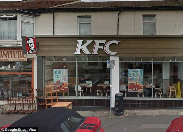 Gà rán KFC tẩm ướp gia vị lạ khiến thai phụ ở tháng thứ 7 ngộ độc suốt ba ngày - Ảnh 3.