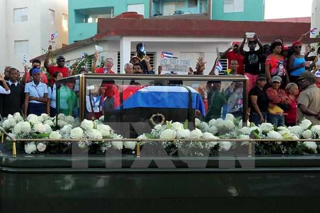 Hình ảnh lễ an táng tro cốt của lãnh tụ Cuba Fidel Castro Ruz  - Ảnh 8.