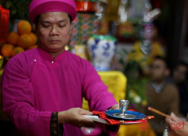 Huyền bí lễ mở phủ trong tín ngưỡng Thờ Mẫu của người Việt - Ảnh 8.