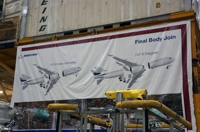 Cận cảnh nhà máy của Boeing - nơi lắp ráp nên chiếc 747 huyền thoại - Ảnh 8.