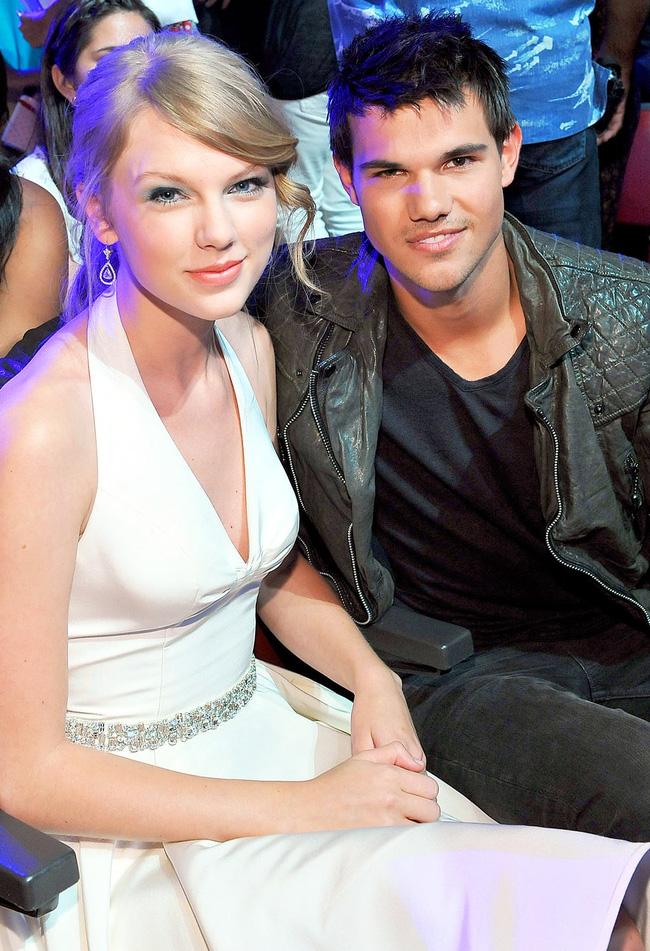 Taylor Swift đâu chỉ toàn nói xấu bạn trai cũ, cô cũng từng hạ mình vì một mối tình đẹp - Ảnh 9.