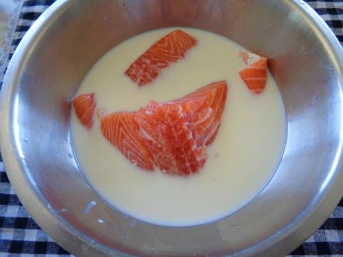 Rửa cá với những nguyên liệu sau đây đảm bảo sẽ khử được mùi tanh - Ảnh 4.