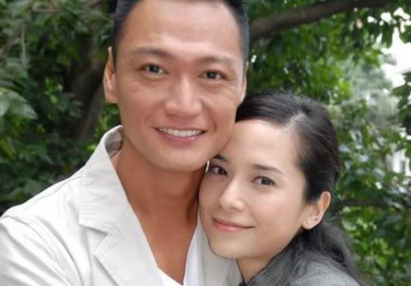 """Khi không còn yêu nữa, 8 mỹ nhân Hoa ngữ này lại bị người yêu cũ """"đâm sau lưng"""" - Ảnh 8."""