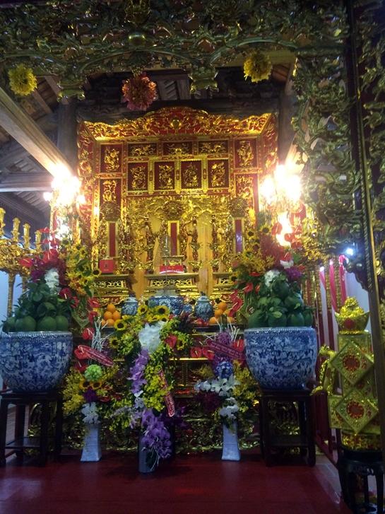 Sáng nay, nhà thờ tổ 100 tỉ của Hoài Linh mở cửa đón khách - Ảnh 9.