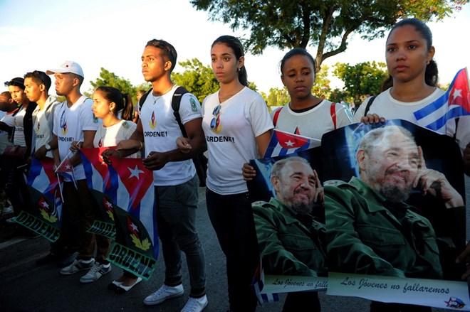 Hình ảnh lễ an táng tro cốt của lãnh tụ Cuba Fidel Castro Ruz  - Ảnh 10.