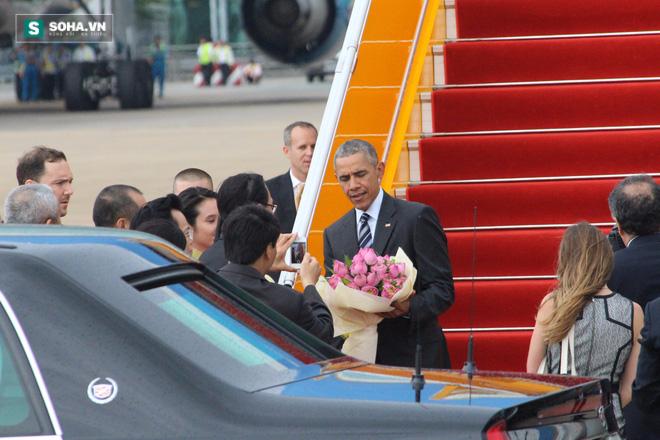 Người dân TP HCM hào hứng chào đón đoàn xe TT Mỹ Obama - Ảnh 5.