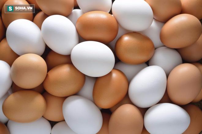5 sai lầm khi ăn trứng gà khiến hại nhiều hơn lợi - Ảnh 1.