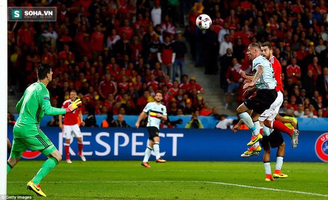 Gareth Bale lặng tiếng, Wales ngược dòng gửi Quỷ đỏ về nước - Ảnh 3.