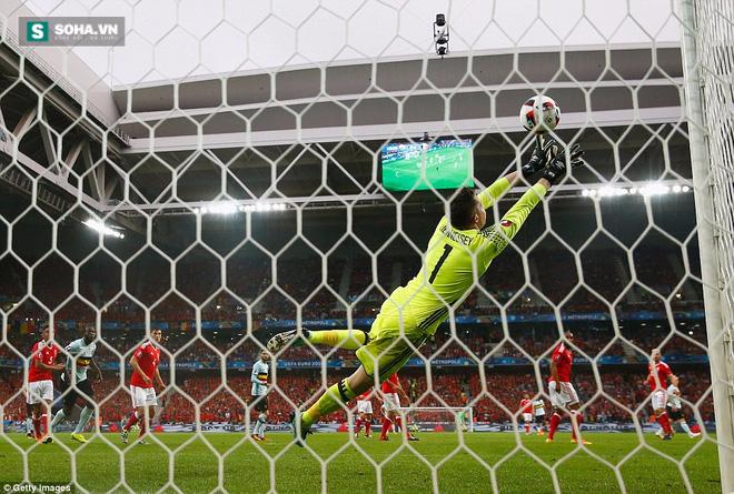 Gareth Bale lặng tiếng, Wales ngược dòng gửi Quỷ đỏ về nước - Ảnh 2.