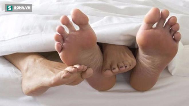 Độ tuổi đàn ông và phụ nữ đạt đỉnh cao nhất trong chuyện sex - Ảnh 1.
