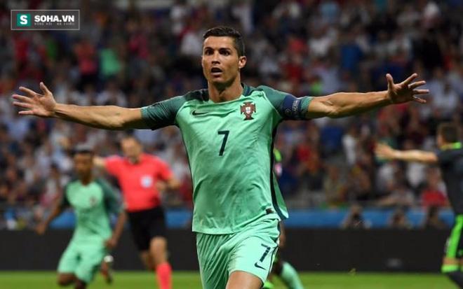 Nhận án tù, Messi bất ngờ cảm ơn Ronaldo - Ảnh 1.