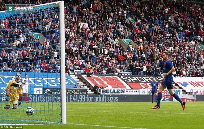 Wigan 0-2 Man United: Xem Quỷ đỏ đá vẫn rất tốt cho sức khỏe - Ảnh 2.