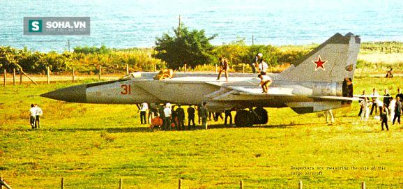 Tiêm kích MiG xuất hiện, phòng không Nhật Bản bị sỉ nhục - Ảnh 2.