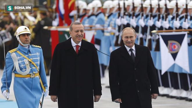 Erdogan thăm Putin: Cuộc gặp khiến phương Tây sống trong sợ hãi - Ảnh 1.
