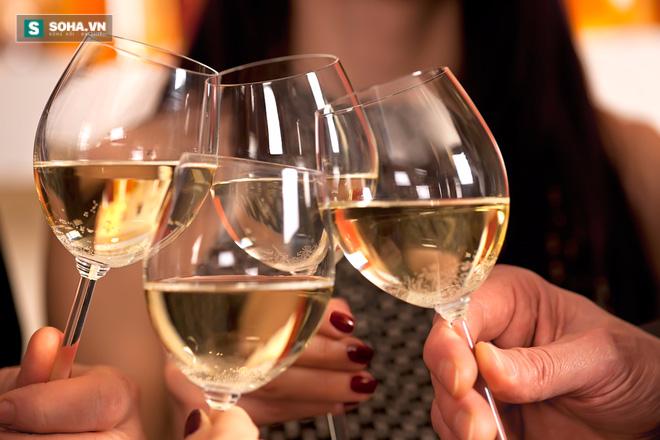 4 chuyên gia sức khỏe hướng dẫn cách uống rượu thông minh nhất - Ảnh 5.