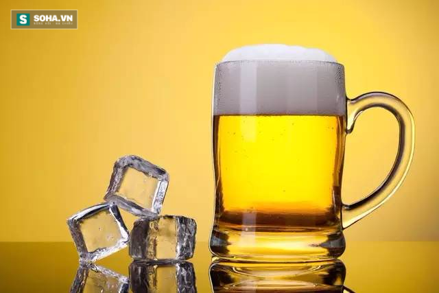 4 chuyên gia sức khỏe hướng dẫn cách uống rượu thông minh nhất - Ảnh 2.