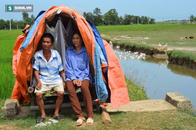 Gia đình liệt sỹ bị cắt nghèo ở Thanh Hóa đã được trả sổ hộ nghèo - Ảnh 1.