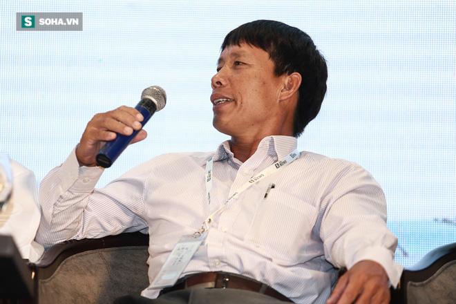 Hội thảo Đón sóng thực phẩm sạch: Ca sĩ Mỹ Linh trực tiếp chất vấn ông Đoàn Văn Vươn - Ảnh 2.