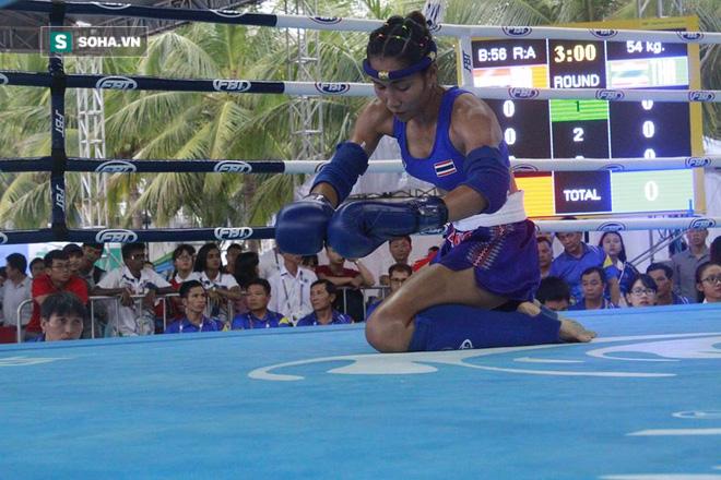 Nữ võ sĩ Việt đá đo ván đối thủ Trung Quốc sau tiếng còi 10 giây - Ảnh 5.