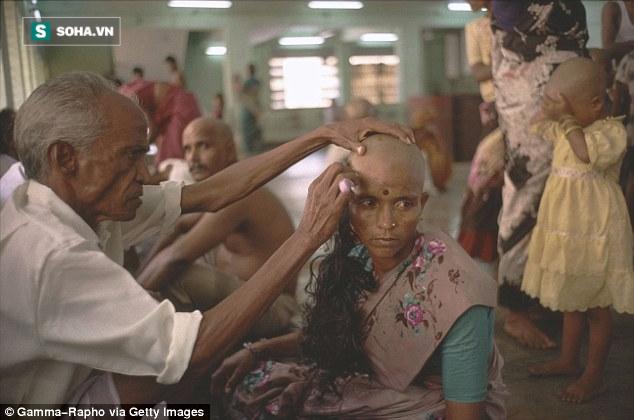 Sự thật đằng sau những bộ tóc nối có giá hàng chục triệu đồng - Ảnh 2.