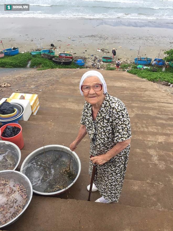 Cụ bà 89 tuổi người Nga bất ngờ bị ghen tị sau khi đến Việt Nam - Ảnh 1.