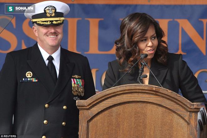 ẢNH: Biên chế tàu ngầm 2,7 tỷ USD do Đệ nhất phu nhân Mỹ bảo trợ - Ảnh 1.