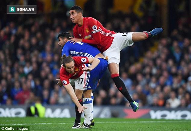 Thắng trận, Mourinho vẫn cay nghiệt, chê bai học trò ở Man United - Ảnh 1.