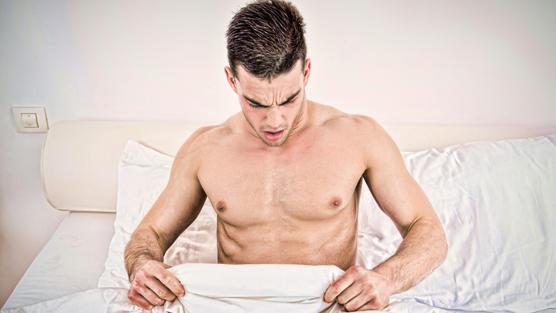 Kể cả đang khỏe mạnh, nếu thấy 10 dấu hiệu sau nam giới phải khám ngay vì rất dễ ung thư - Ảnh 2.