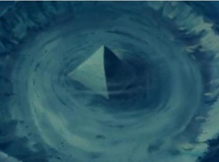 Phát hiện 2 kim tự tháp thủy tinh dưới biển Tam giác quỷ Bermuda - Ảnh 3.