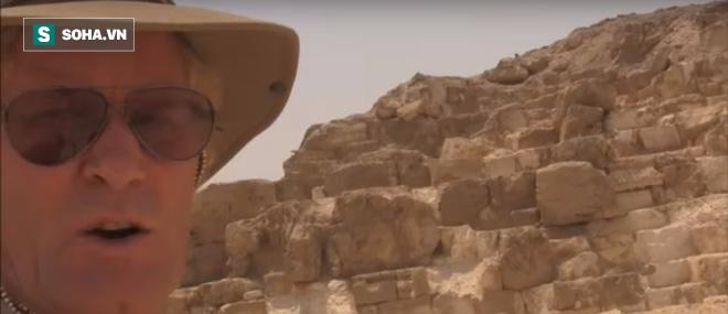Bất ngờ với phát hiện kim tự tháp bị nổ mất chóp  ở Ai Cập - Ảnh 2.