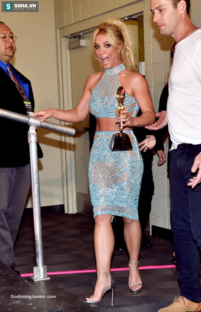 Hành trình đứng dậy sau scandal của Britney Spears - Ảnh 9.