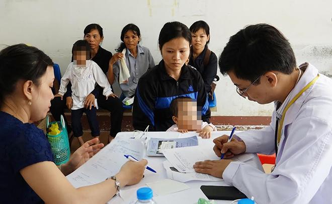Bệnh viện ĐH Y Dược TPHCM: Phẫu thuật và can thiệp tim miễn phí cho trẻ em nghèo  - Ảnh 1.