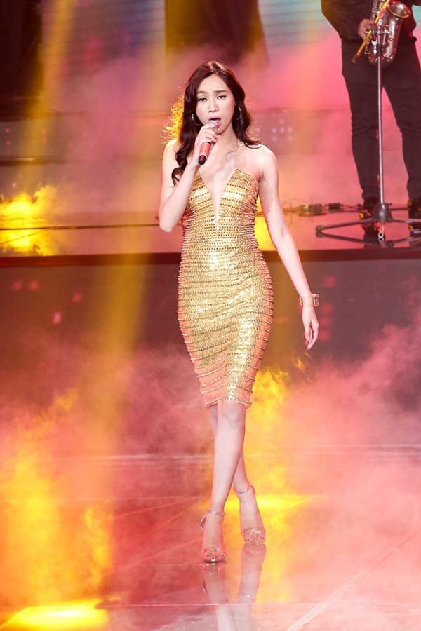 Chiếc đầm bó sát này khiến hàng loạt sao Việt phát cuồng - Ảnh 12.