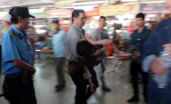 Người Sài Gòn không cần phải chen lấn, xếp hàng suốt đêm mua vé xe Tết - Ảnh 2.