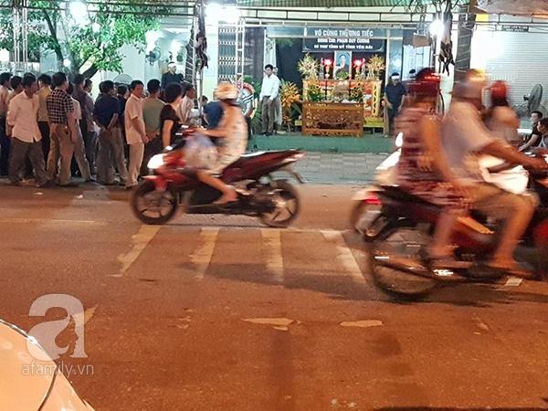 Hình ảnh 2 đám tang trên cùng một con phố ở Yên Bái - Ảnh 3.