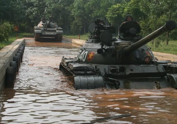 Lữ đoàn 202: Xe tăng bị mất trộm và cái kết bất ngờ! - Ảnh 2.