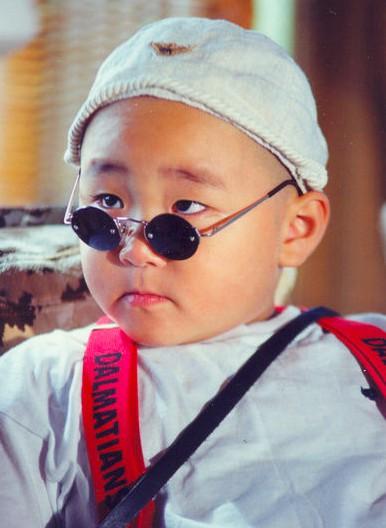 Tiểu Tử Mập: Khi bé là sao nhí danh tiếng, lớn lên lâm cảnh khó khăn cùng cực - Ảnh 1.