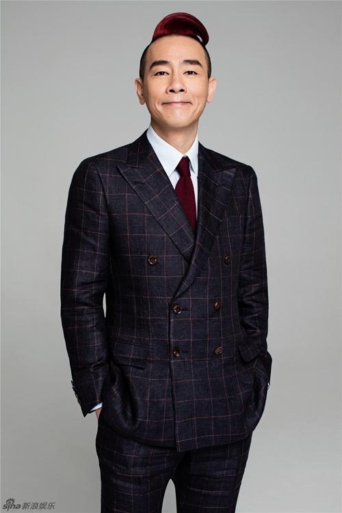 """Trần Tiểu Xuân: """"Xấu trai"""" nhất nhì showbiz nhưng vẫn cưới được mỹ nhân - Ảnh 1."""