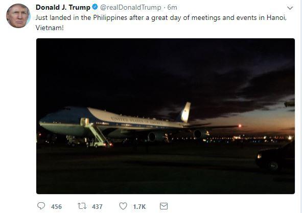 Vừa tới Philippines, tổng thống Trump cập nhật Twitter nói về ngày tuyệt vời ở Việt Nam - Ảnh 1.
