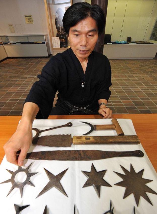 Ninja cuối cùng của Nhật có thể đoạt mạng ở khoảng cách 20 bước chân trong nháy mắt - Ảnh 1.