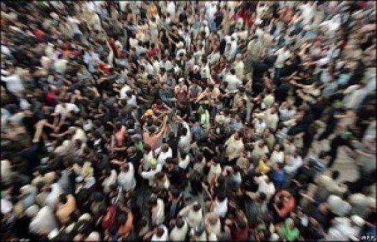 Kỹ năng thoát hiểm: Tránh bị chết oan uổng giữa đám đông đang hỗn loạn - Ảnh 4.