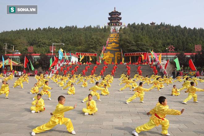 Võ lâm Trung Quốc: Thiếu Lâm danh chấn thiên hạ, Võ Đang, Nga Mi sống khổ sở - Ảnh 1.