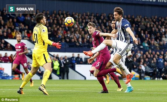 5 phút điên rồ, trận cầu mãn nhãn, và Man City tiếp mạch xưng bá Premier League - Ảnh 2.